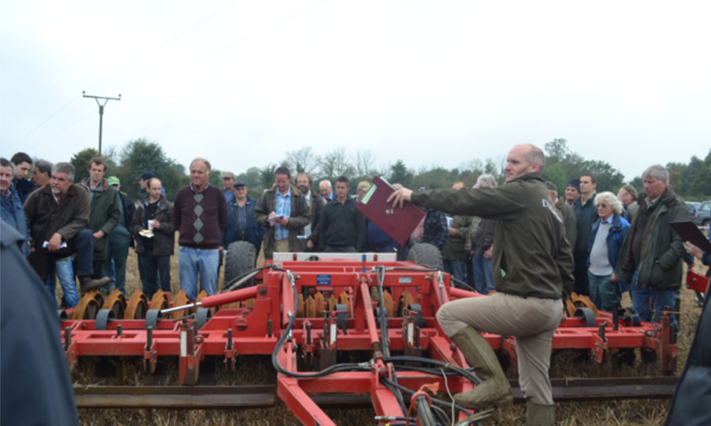 Richard Prentice at a Durrants Onsite Machinery auction